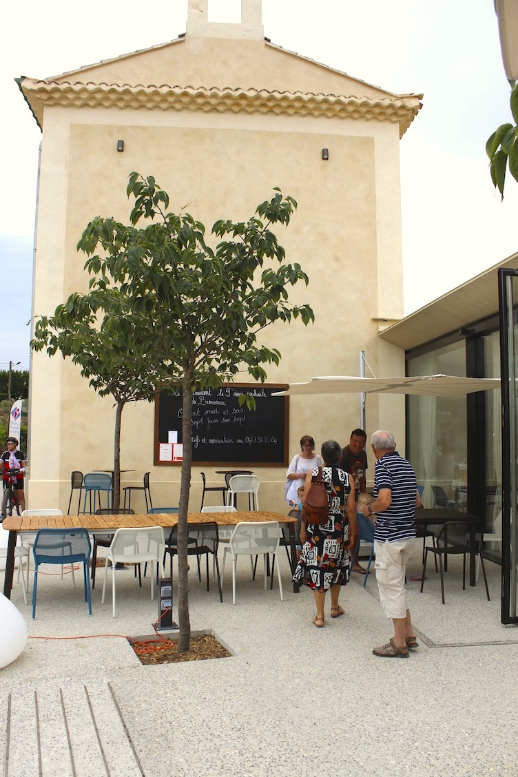 entree restaurant neuf ecluses fonseranes beziers canal midi