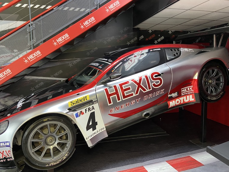hexis covering